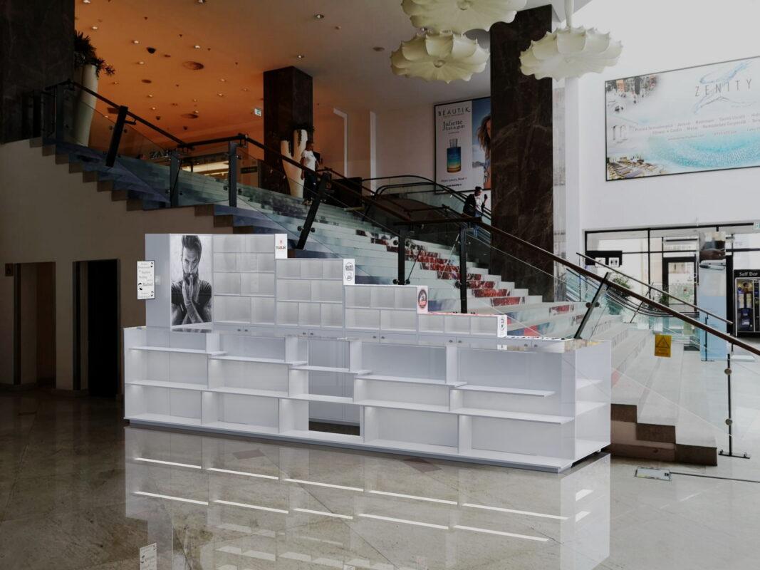 Insula mall Tobiass
